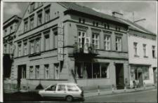 Kamienica na rogu ulic Królewieckiej i Żeromskiego w Mrągowie