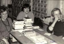 [Bibliotekarze Miejskiej Biblioteki Publicznej w Mrągowie 1989. 1]