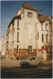 [Budynek Miejskiej Biblioteki Publicznej w Olsztynie przy ulicy Mickiewicza – filia nr 10]