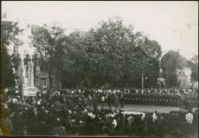 [Uroczystość odsłonięca pomnika Rocha w Mrągowie 1969. 1]