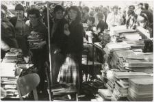 [Zbiórka książek dla bibliotek zorganizowana w ramach Telewizyjnego Turnieju Miast Ostróda-Nysa. 3]