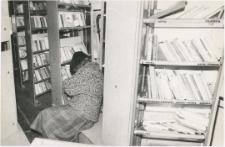 [Wnętrze bibliobusu Biblioteki Objazdowej WBP w Olsztynie. 1]