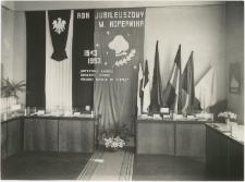 [Fragment wystawy kopernikańskiej w Wojewódzkiej Bibliotece Publicznej w Olsztynie w Starym Ratuszu. 3]