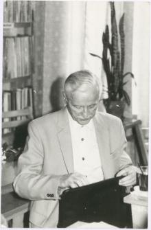 [Władysław Gębik podczas sesji poświęconej 60-leciu Związku Polaków w Niemczech. 2]