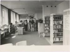 [Otwarcie filii nr 20 Wojewódzkiej Biblioteki Publicznej w Olsztynie przy ul. Boenigka. 1]