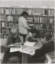 [Oddział dla dzieci Wojewódzkiej Biblioteki Publicznej w Olsztynie przy ul. Boenigka - filia nr 20]