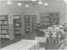 [Wnętrze Wojewódzkiej Biblioteki Publicznej w Olsztynie przy ul. Barcza – filia nr 18]