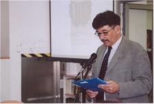 """[Wojciech Ogrodziński podczas ceremonii wręczania Literackiej Nagrody Warmii i Mazur """"Wawrzyn"""" (2007)]"""