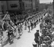 Pochód pierwszomajowy w Mrągowie 1967. [4]