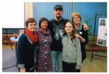"""[Spotkanie z Pawłem Grzegorczykiem- wokalistą i gitarzystą zespołu """"Hunter"""" w Miejskiej Bibliotece Publicznej w Szczytnie]"""