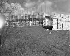 Budowa szkoły Tysiąclecia w Mrągowie 1964. [1]