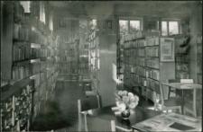 [Wypożyczalnia dla dorosłych Powiatowej i Miejskiej Biblioteki Publicznej w Mrągowie. 4]