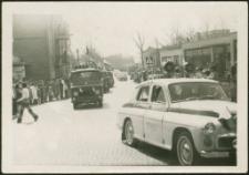 Pochód pierwszomajowy w Mrągowie 1975. [1]