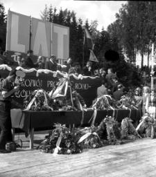 Wieńce dożynkowe Mrągowo 1965