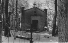 [Nieistniejąca kaplica cmentarna z 1920 roku]