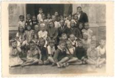 [Jedna z klas Państwowej Szkoły Ćwiczeń przy Liceum Pedagogicznym w Olsztynie. 1]