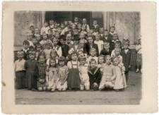 [Jedna z klas Państwowej Szkoły Ćwiczeń przy Liceum Pedagogicznym w Olsztynie. 4]