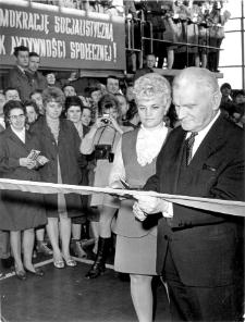 [Uroczystość otwarcia nowej siedziby Olsztyńskich Zakładów Graficznych. 3]
