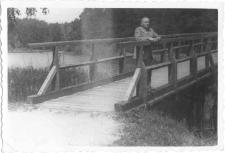 [Most na jeziorze Długim w Olsztynie. 1]