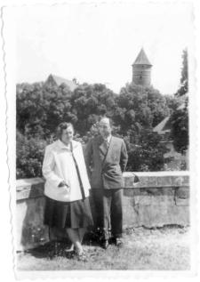[Widok na zamek olsztyński z placu przy kościele garnizonowym. 3]