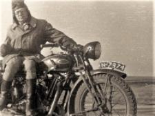 """[Motocyklista Zrzeszenia Sportowego """"Kolejarz"""" Olsztyn. 2]"""