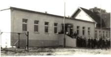 Szkoła Podstawowa w Karwi 1967