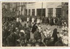 [Procesja Bożego Ciała w Olsztynie w 1946 r. 11]