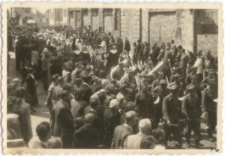 [Wojsko w procesji Bożego Ciała w Olsztynie w 1946 r. 10]