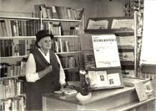 [Spotkanie autorskie z Marią Zientarą-Malewską w Powiatowej i Miejskiej Bibliotece Publicznej w Mrągowie 1968. 1]