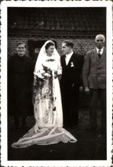 [Ślub w Stanclewie. 1]